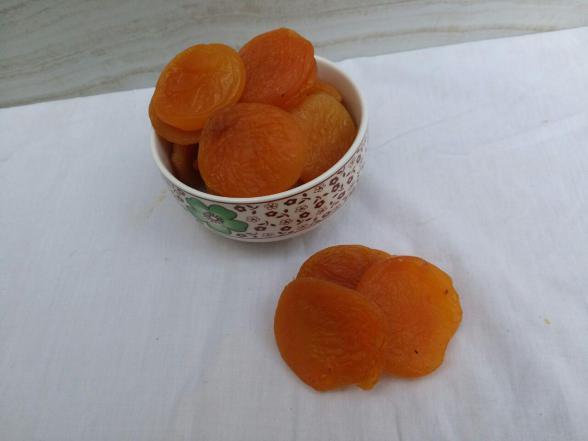 بازار صادرات زردآلو در ایران
